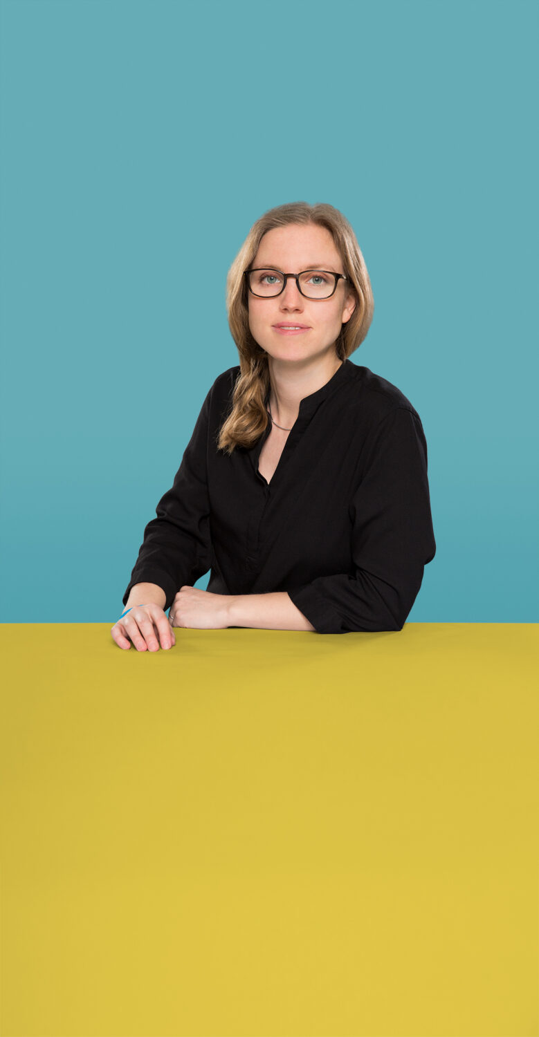 Portrait of Anna Trukenbrod who is a Senior UX Consultant at the UX Agency UseTree GmbH in Berlin.